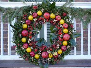 Natural fruit and greens wreath